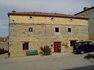 Resultado de imagen de casa rural reconstruida