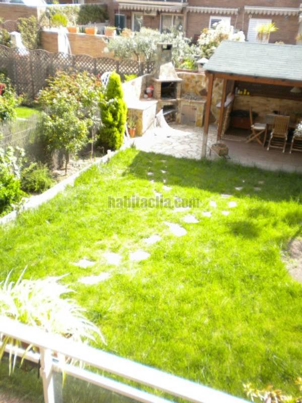 piso por bajos con jardin en castellbisbal