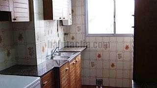 Piso en Carrer alfons el magnanim,08019. 6� planta, muy soleado, ascensor. metro, bus, tram