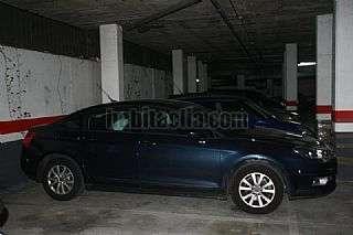 Aparcament cotxe a Carrer joan oliver,. Parking en venta.!!!!