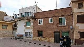 Casa en Calle garcia ximenez,1. Vendo casa veraniega + regadio (negocio)