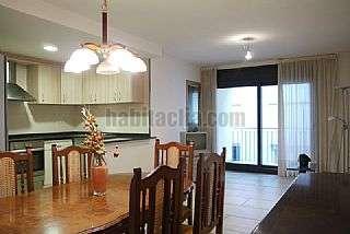 Alquiler Piso en Petit raval,3. Apartamento a 50 m. playa