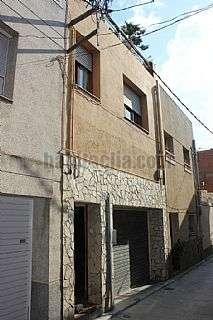 Casa adosada en Carrer peu de la costa,10. Cada de poble tota exterior, a 15 min barcelona