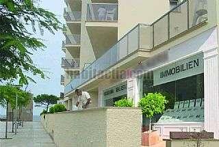 Local Comercial en Avinguda costa brava, 1. Oficina con plaza de  parking y trastero en venta