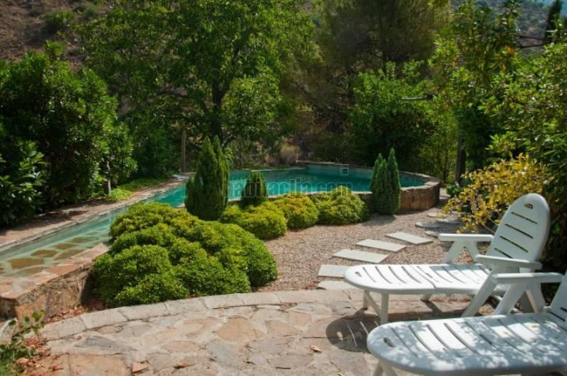 Alquiler casa por en camino ladera de la rustica for Jardin japones piscina