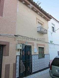 Casa adosada en Calle coto,42. Casa t�pica de pueblo muy bonita, ideal verano