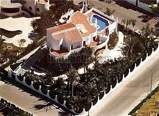 Alquiler Casa  Calle barranc de guaritons,1. Casa/mansion 650mts + 1500mts jardin