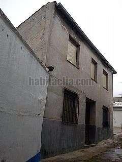 Casa en Calle virgen de criptana,77. 300 m2, 2 dormitorios, cochera para 2 veh�culos