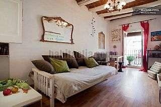 Alquiler Piso en Carrer roig,5. Super acogedor piso amueblado y listo para vivir
