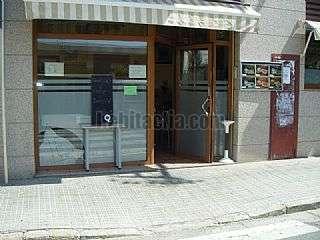 Alquiler Bar en Carrer colon,142. Granja-cafeteria en alquiler funcionando