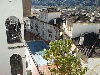 Piso en Calle vista blanca,47. Piso soleado, amueblado, cochera , piscina