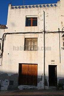 Casa adosada en Carrer font,26. Casa grande y luminosa - barberà de la conca