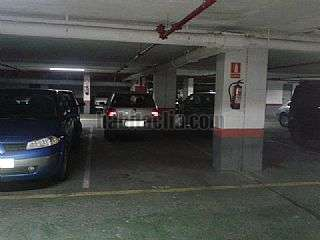 Alquiler Parking coche en Carrer valencia,5. Plaza de parking grande (12,10 m2).