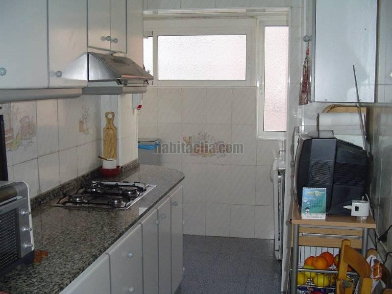 Alquiler piso por 500 en carrer can cuyas de particular a - Pisos en alquiler en montcada i reixac ...