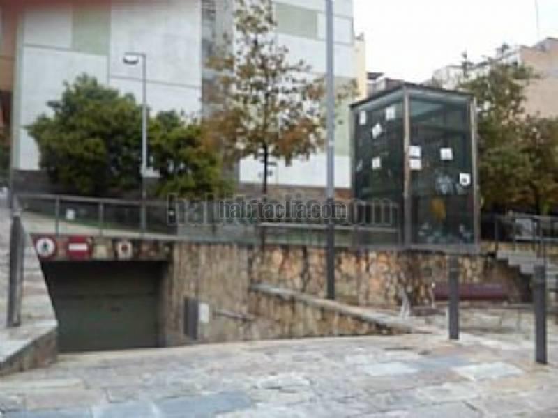 Parking coche por en santa otilia rambla carmelo - Comprar parking en barcelona ...