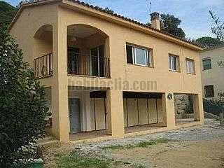 Casa in Carrer morera,56. Casa en urbanización castellà d´indies