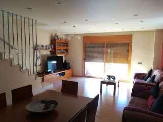 Towny house in Carrer casas i amigo, 45. Casa en Badalona
