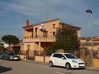 Casa en Carrer borrassa, 6. Magnífica casa individual en zona residencial.