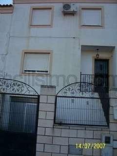 Casa adosada en Calle benigno antona,. Venta de adosado en villnueva del fresno