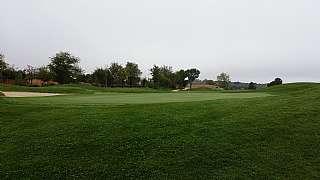 Tr�plex en El robledal, 121. Magnifica casa rodeada de campos de golf