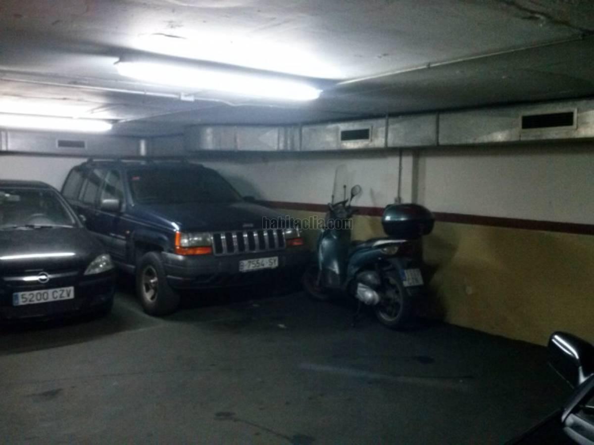 Parking coche por de 10 metros oliana 8 28000 for Parking de coches