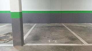 Parking coche en Rambla josep maria jujol, 5. Plaza amplia (490cm x 235cm) con excelente acceso