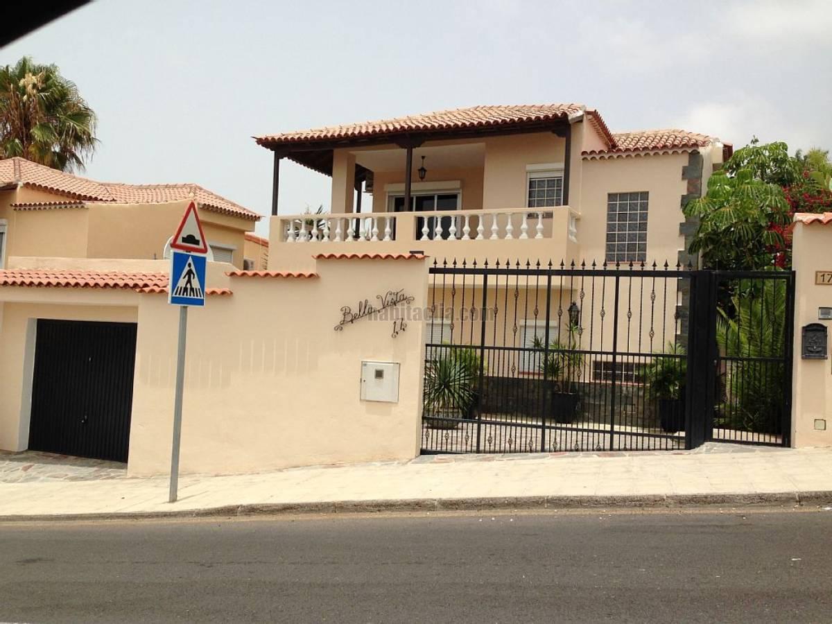 Alquiler piso por en avenida europa lujo moderno for Alquiler villas con piscina privada