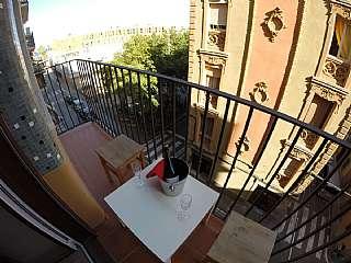 Alquiler Piso en Carrer doctor gine i partagas, 59. Piso a 100m del mar. dos balcones con vistas