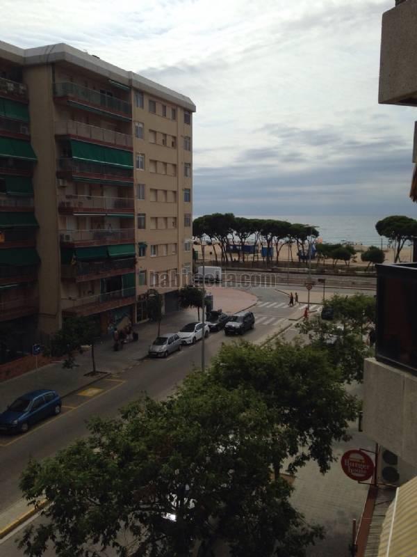 Alquiler piso por 500 en avenida dels paisos catalans en for Pisos con vistas al mar