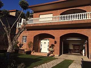 Casa en Carrer sajolida, 17. Capacidad para vivir dos fam�lias