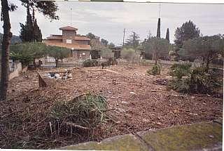 Terreno residencial en Urbanització llevantina, 26. Se vende parcela vallada, de 835 m2.