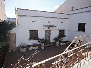 Habitaclia pisos de particulares en martorelles for Piscina martorelles