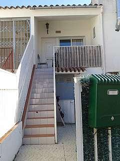 Lloguer Casa adossada a Carrer sant maurici-e, 309. Casa al costat del aeroclub, hasta junio.