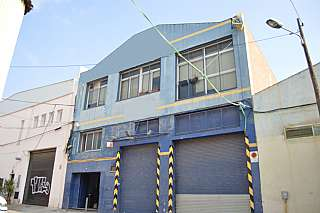 Nave industrial en Passatge torrent de l. Edificio industrial 3 plantas  en zona bon pastor
