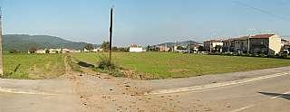 Terreno residencial en Avinguda volcans, 30. Parcel�les edificables a santa pau
