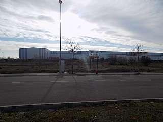 Solar industrial en Avinguda del ripoll�s, s/n. Atenci�n, ganga procedente de subasta.