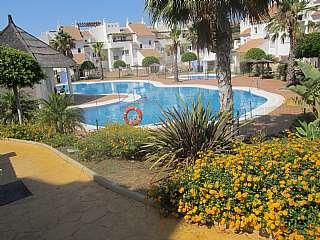 Alquiler D�plex en Avenida de los argon�utas, 17. Precioso d�plex en urbanizaci�n privada, piscinas