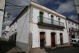 Casa adosada en Calle herrador, 13. Casa tradicional reformada opci�n a dos viviendas