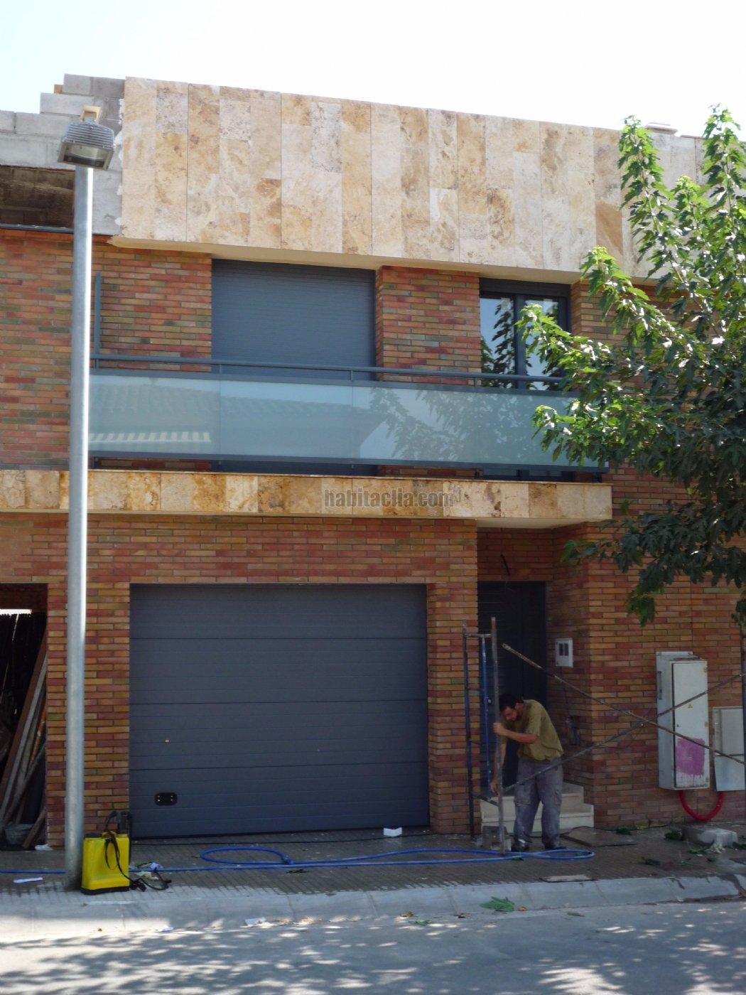 Casa adosada por en carrer estel l vendo casa - Casa obra nueva ...
