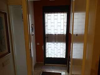 Casa en Carrer peronella, sn. Casa de 5 habitaciones, 3 ba�os, zona muy tranquil