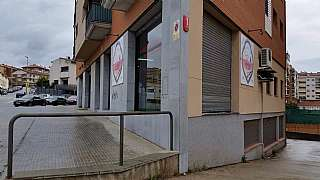 Local Comercial en Carrer industria (de la), 25. Venta local comercial-olesa de montserrat