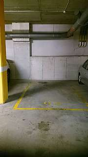Alquiler Parking coche en Almogavers,107. 1 plaza de parking