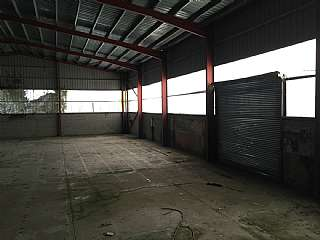 Lloguer Nau industrial a Passeig estaci�, sn. 2 inmuebles naves / local industrial manlleu