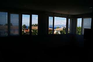 Villa in Carrer sagitari, 35. Chalet con piscina vistas al mar, montaña y ciudad