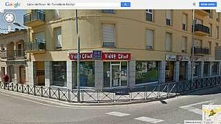 Local Comercial en Carrer roser, 49. Grandes ventanales todo exterior