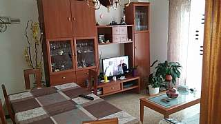 Appartamento in Carrer mossèn jacint verdaguer, 190. Piso soleado con gran terraza!