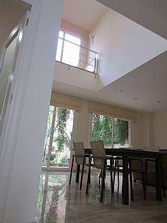 Alquiler pisos en prat de llobregat el habitaclia for Casa con jardin barcelona alquiler