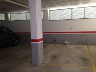 Parking coche en Carrer sebastia garriga, 9. En zona sin plazas  de garaje.