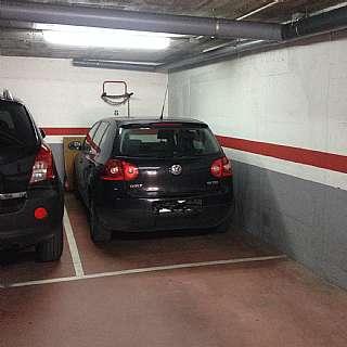 Parking coche en Carrer sant miquel, 26. Plaza de parking en el centro con facil acceso