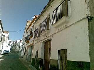 Casa en Calle maestra, 27. Casa c�ntrica.situada en localidad c�lebre.